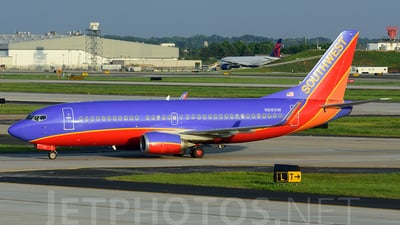 N616SW - Boeing 737-3H4 - Southwest Airlines