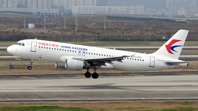 A picture of B6759 - Airbus A320214 - China Eastern Airlines - © BCG554