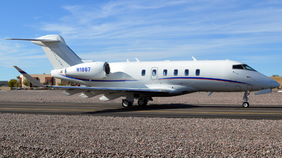 N1987 - Bombardier BD-100-1A10 Challenger 350 - Private