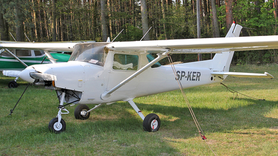 SP-KER - Cessna 152 - Private
