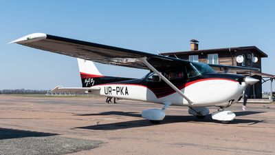 UR-PKA - Cessna 172M Skyhawk - Private