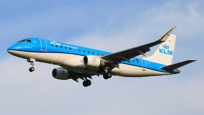 A picture of PHEXM - Embraer E175STD - KLM - © Carlo Luigi Tamiazzo