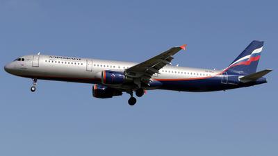 A picture of VQBEA - Airbus A321211 - Aeroflot - © Terry Figg