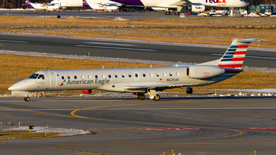 A picture of N625AE - Embraer ERJ145LR - American Airlines - © Elliott F Martin
