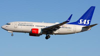 A picture of LNRRA - Boeing 737783 - SAS - © Laszlo Fekete