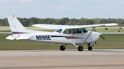 N5195E - Cessna 172N Skyhawk - Private