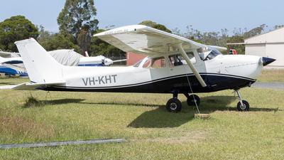 VH-KHT - Cessna 172N Skyhawk II - Central Coast Aero Club