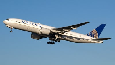 N796UA - Boeing 777-222(ER) - United Airlines