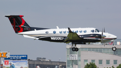 N800EU - Beechcraft B300 King Air 350i - Private