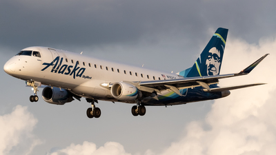 A picture of N192SY - Embraer E175LR - Alaska Airlines - © Ricky Teteris