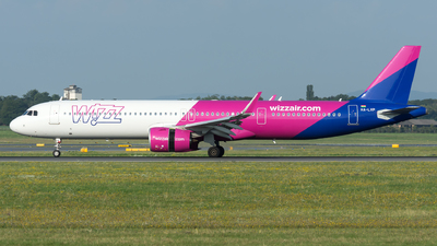 A picture of HALVP - Airbus A321271NX - Wizz Air - © Gerhard Zant