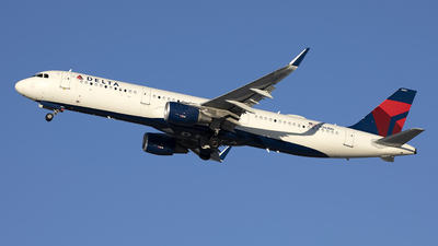 A picture of N361DN - Airbus A321211 - Delta Air Lines - © Jeremy D. Dando