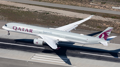 A picture of A7ANF - Airbus A3501041 - Qatar Airways - © Dong An