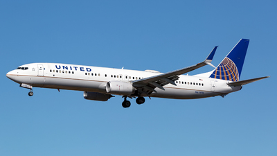 A picture of N62896 - Boeing 737924(ER) - United Airlines - © Chris Pitchacaren