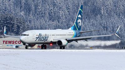 A picture of N287AK - Boeing 737990(ER) - Alaska Airlines - © Oliver J Semple