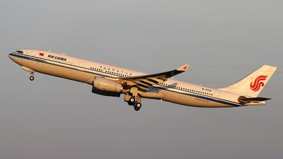 B-6102 - Airbus A330-343 - Air China