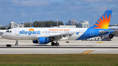 N225NV - Airbus A320-214 - Allegiant Air