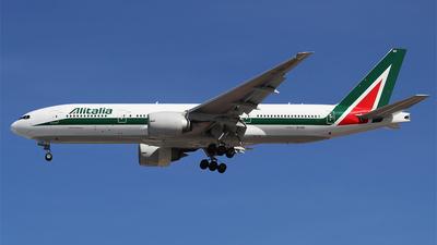 EI-ISD - Boeing 777-243(ER) - Alitalia