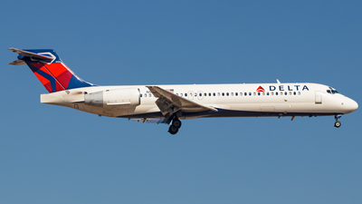 N943AT - Boeing 717-2BD - Delta Air Lines