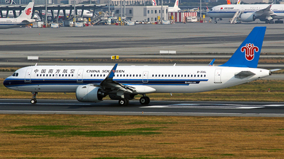 A picture of B306L - Airbus A321271N - China Southern Airlines - © YuPeng Liu