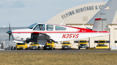 N35VS - Beechcraft V35 Bonanza - Private