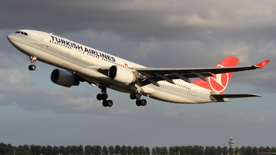 EI-EZL - Airbus A330-223 - Turkish Airlines (Meridiana)