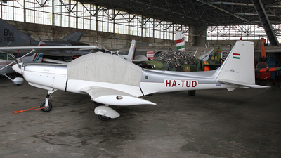HA-TUD - Grob G115 - Private