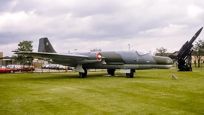 WT605 - English Electric Canberra B(I).6 - United Kingdom - Royal Air Force (RAF)