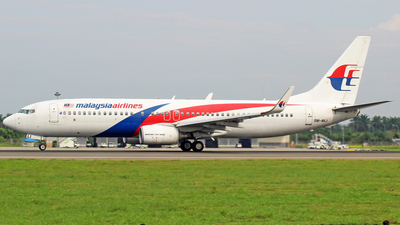 9M-MLI - Boeing 737-8FZ - Malaysia Airlines