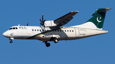 AP-BHI - ATR 42-500 - Pakistan International Airlines (PIA)