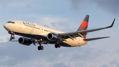 N3771K - Boeing 737-832 - Delta Air Lines