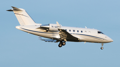 M-ASHI - Bombardier CL-600-2B16 Challenger 605 - Private