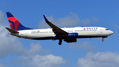 A picture of N395DN - Boeing 737832 - Delta Air Lines - © Jorge Rivas