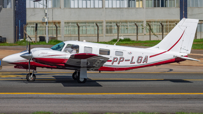 PP-LGA - Piper PA-34-220T Seneca V - Private