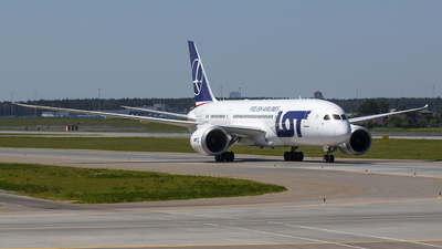 SP-LRC - Boeing 787-8 Dreamliner - LOT Polish Airlines