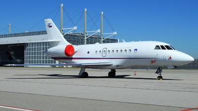 L1-01 - Dassault Falcon 2000EX - Slovenia - Air Force