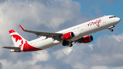 A picture of CFJOU - Airbus A321211 - Air Canada Rouge - © Davin Amy
