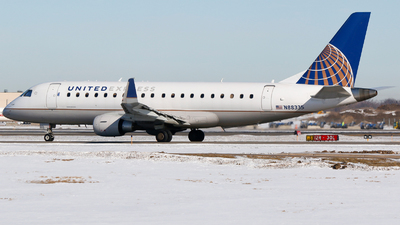 A picture of N88335 - Embraer E175LR - United Airlines - © Alec Mollenhauer