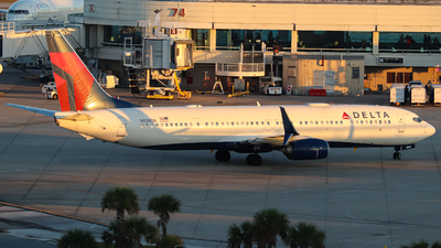 A picture of N838DN - Boeing 737932(ER) - Delta Air Lines - © Kass Betas