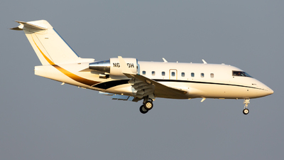 N604DH - Bombardier CL-600-2B16 Challenger 604 - Private
