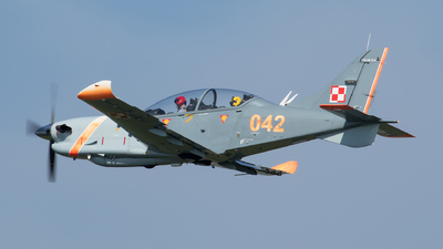 042 - PZL-Okecie PZL-130TC-2 Turbo Orlik  - Poland - Air Force