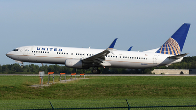 A picture of N68811 - Boeing 737924(ER) - United Airlines - © DJ Reed - OPShots Photo Team