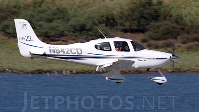 N842CD - Cirrus SR22 - Private