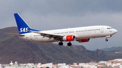 LN-RPN - Boeing 737-883 - Scandinavian Airlines (SAS)
