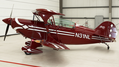 N31NL - Pitts S-2B Special - Private