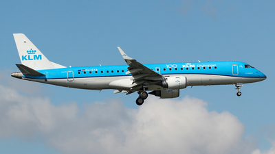 A picture of PHEXB - Embraer E190STD - KLM - © Kees Marijs