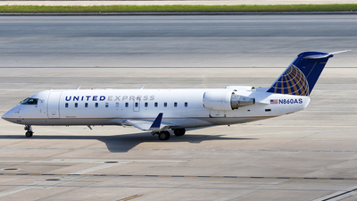 A picture of N860AS - Bombardier CRJ200ER - [7433] - © Moralesroger25