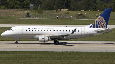 A picture of N646RW - Embraer E170SE - United Airlines - © Andrew Hutnyan