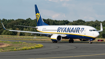 A picture of EIENN - Boeing 7378AS - Ryanair - © Oliver Lotz