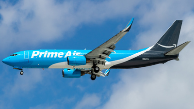 N5147A - Boeing 737-83N(BCF) - Amazon Prime Air